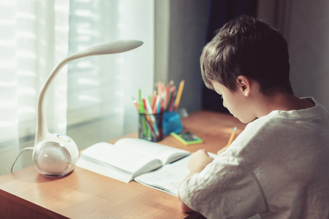 8 Tips for Helping Children Develop Good Study Habits